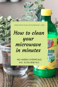 How to clean a microwave with lemons