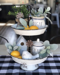 Inspiring tiered trays for Easter