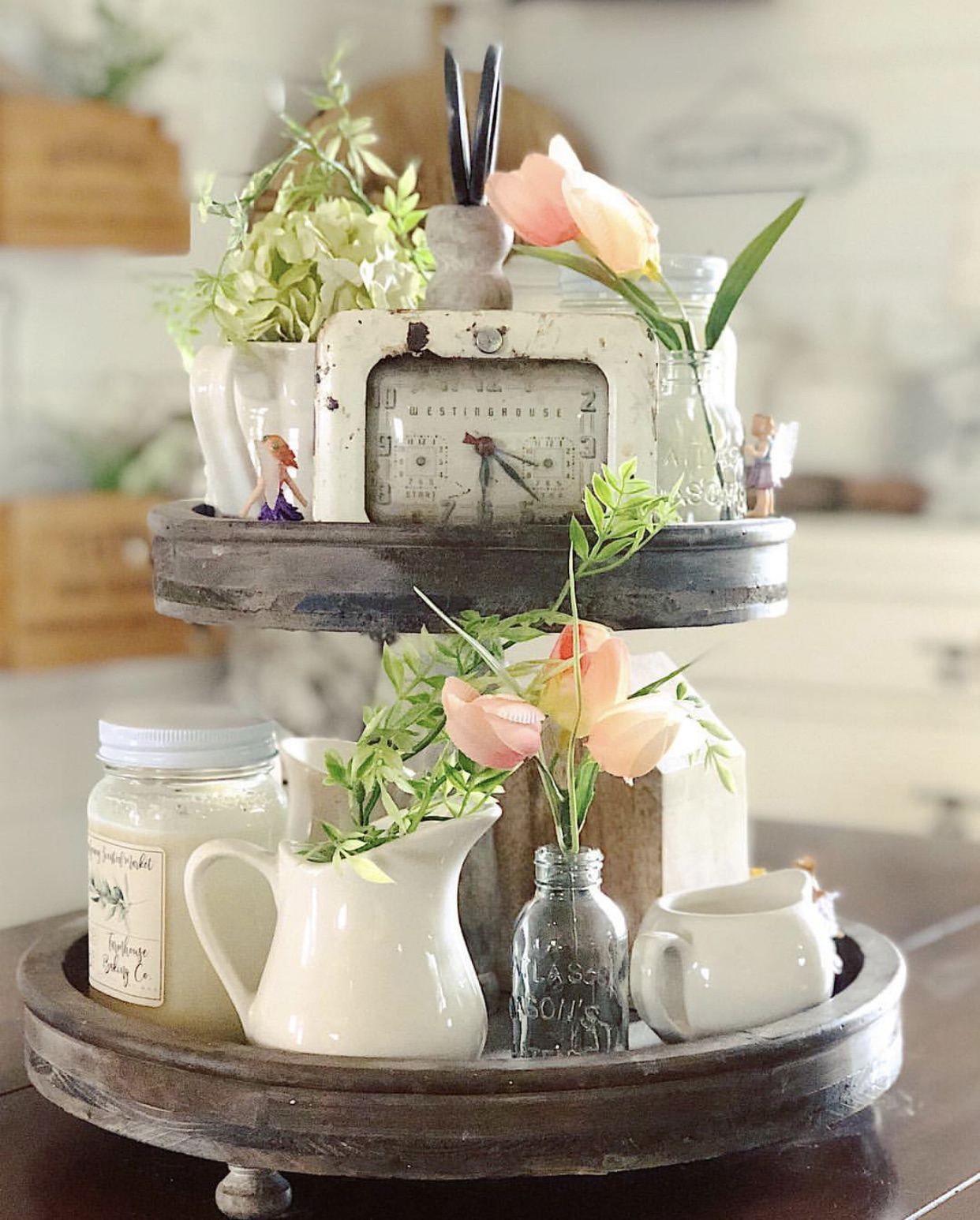 Modern Farmhouse Spring Home Decor Ideas: Inspiring Tiered Tray Style Ideas For Spring And Easter