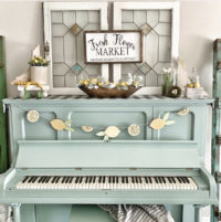 lemon decor on piano