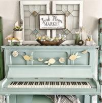 lemon decor on piano